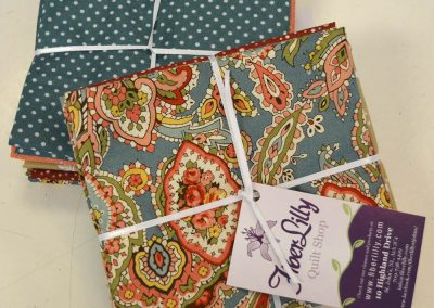 vintage fat quarter bundle